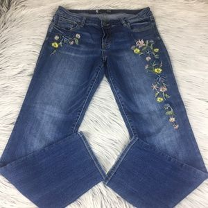 Kut from the Kloth Catherine BF jeans size 10